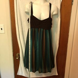 Studio 8 dress size Med brown tan and green